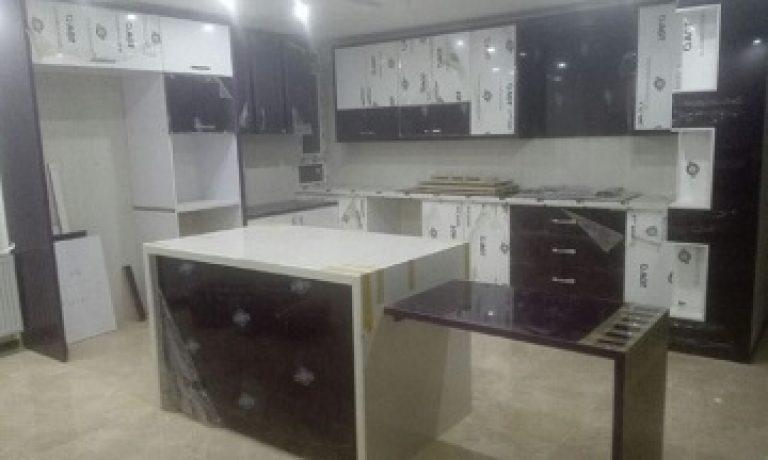جزیره در کابینت آشپزخانه